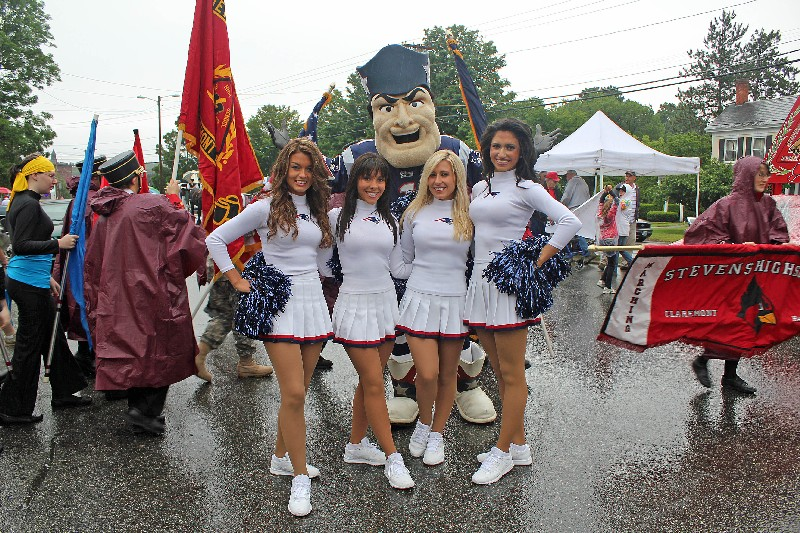 Patriots Cheerleaders and their Mascot