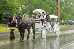 Alumni Officers in the White Carriage(Earl Silloway)