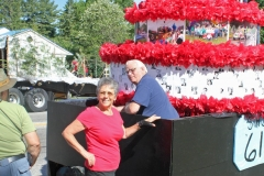Betty and Dan Danovan getting the float - Class of 1961 ready for the parade.